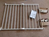 3 Lindam MK0001 stairgates