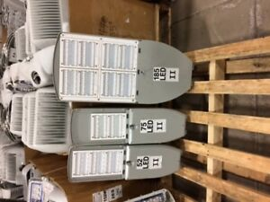 Used LED Yard and roadway fixture's