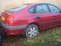 Toyota Avensis petrol 1999 breaking for spare parts