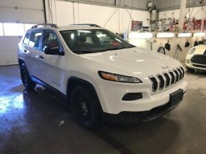 2016 Jeep Cherokee Sport A/C MAGS