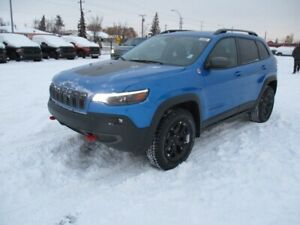 2019 Jeep Cherokee TRAILHAWK ELITE 4X4                   2.0L DO