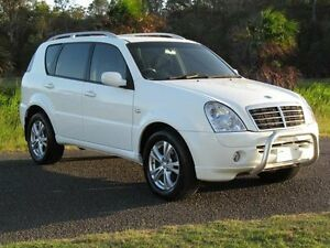 2012 Ssangyong Rexton Y285 II MY10 RX270 White 5 Speed Sports Automatic Wagon Stapylton Gold Coast North Preview