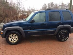 2003 Jeep Liberty Sport SUV, Crossover