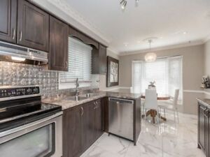 3BR 4WR Detached in Mississauga near Derry/Danton Promena