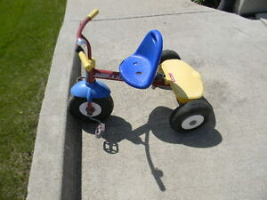 Radio Flyer tricycle- has place for push stick handle