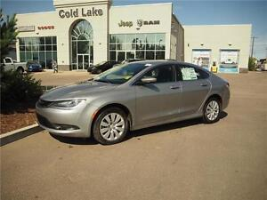 2016 Chrysler 200 LX BRAND NEW WITH 10K OFF!