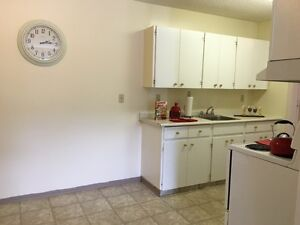 Bright Top Floor 3 Bedroom Available! Call (306) 314-0155