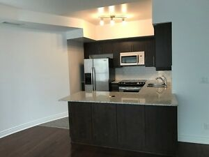 IMMED.,Subway Finch!2+1BR,3BTHS Large ,2 STORY TOWN HOUSE,UOT,YU
