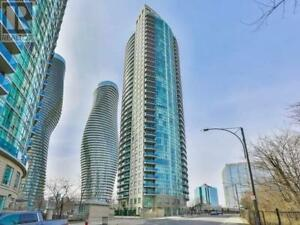 Minutes To Hwys,2Beds,2baths,80 ABSOLUTE AVE, Mississauga