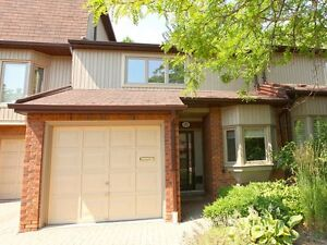 BEAUTIFUL RENO'D 2 STOREY TOWNHOUSE IN CLARKSON/PORT CREDIT