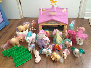 Vintage My Little Pony Show Stable and Ponies