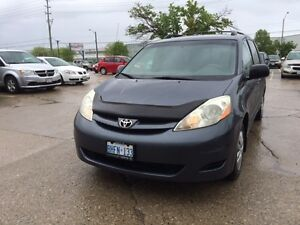 2007 Toyota Sienna Mint Condition Well Mantained Accident Free