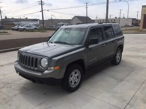 2013 Jeep Patriot NORTH EDITION 4X4 GREAT RATES QUICK APPROVALS