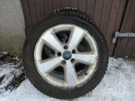 Winter tyres used 1 season on alloy rims to fit Ford Focus - 205/55 R16