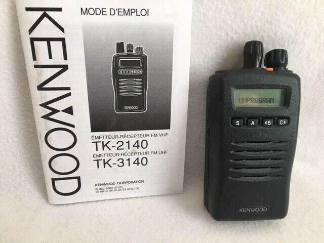 Kenwood TK-2140K VHF 136-174 Mhz 5w 32ch Analog portable radios - N.O.S.