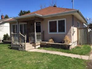 Barrie, lower level 2 bedroom unit with utilities included