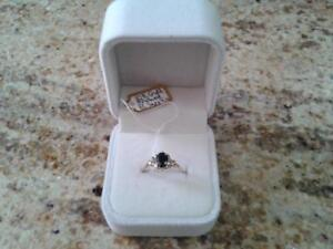 10KT SOLID YELLOW GOLD 0.8CT NATURAL BLACK SAPPHIRE & DIAMONDS