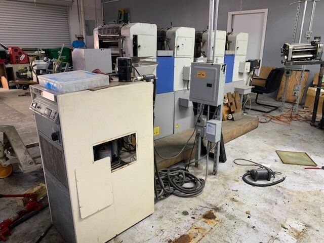 Ryobi Press 3304h - Press, 4 color with chiller and plate punch