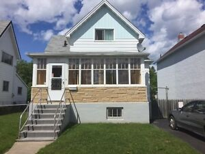 117 Bethune Street ** OPEN HOUSE SUN 16TH 1-3 ** Price Reduced