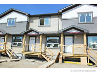 DUAL MASTER BEDROOMS, WALK-IN CLOSETS, AND ENSUITES!!