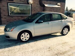 E-tested and safety certifie 2008 Ford Focus SE ONLY 92k km Kitchener / Waterloo Kitchener Area image 1