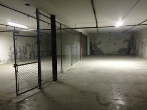 Warehouse basement for rent in North York great location