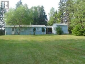 1 bd cottage with guest house on approx. 2 acres, private area!!