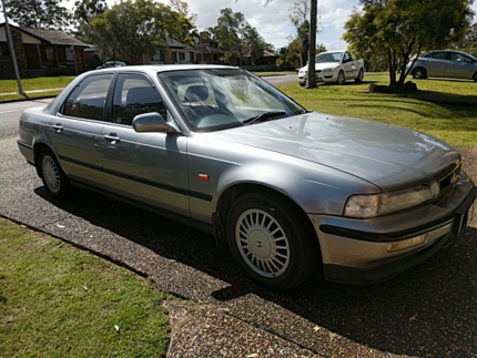 Silver Honda Legend
