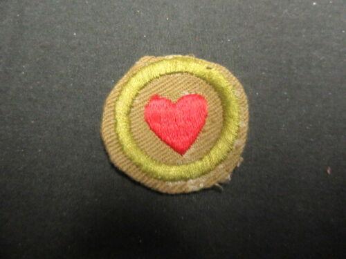 Personal Health or Fitness Crimped Edge Merit Badge   c41