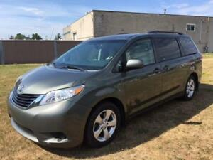 2013 Toyota Sienna LE eight passenger $17995