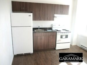 Apt in St Johns, $675, 1BR + hydro, electric heat (K518)