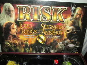 """***LORD OF THE RINGS/MIDDLE EARTH """"RISK"""" GAME/COMPLETE!!!***"""