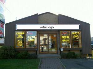 Immeuble (bâtisse) commercial à vendre à St-Hubert