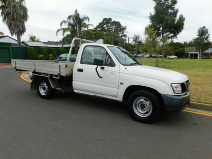 2004 Toyota Hilux RZN149R MY04 White 5 Speed Manual Cab Chassis