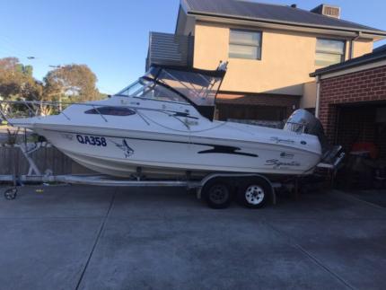 Boat 20ft $39,500