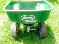 Scott's Speedy Green 1000 Lawn Fertilizer and Seed Spreader