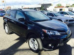 "2014 Toyota RAV4 LE  "" OCTOBER ROCK BOTTOM BLOW OUT SALE !!!"""