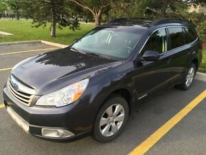 2012 Subaru Outback 2.5 i Touring Package