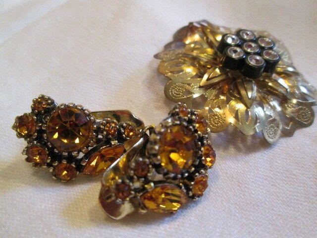 Vintage BrassFlower Clear Rhinestone Brooch Amber Rhinestone Earring Jewelry Lot