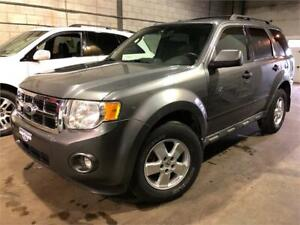 2009 FORD ESCAPE XLT 4 CYL 4WD 182,000KM ! TRÈS PROPRE !