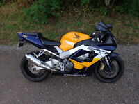 2002 HONDA CBR900RR FIREBLADE IN YELLOW MOT FOR 1 YEAR PART EXCHANGE POSSIBLE
