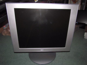 Sony SDM-HS94P - LCD monitor - 19""
