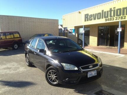 2008 FORD FOCUS IN GREAT CONDITION WITH LOW KM