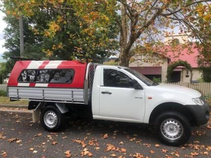 Mitsubishi Tritron Ute with canopy and dual fuel