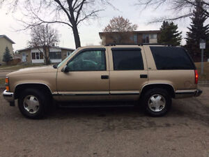 1999 Chevy Tahoe 4x4 LT 5dr - PERFECTLY RUNNING - CLEAN