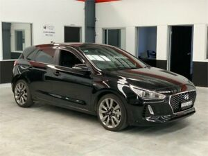 2017 Hyundai i30 PD MY18 SR Black Manual Hatchback
