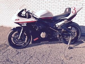 Ex-factory 2003 Yamaha R6 track/race ready