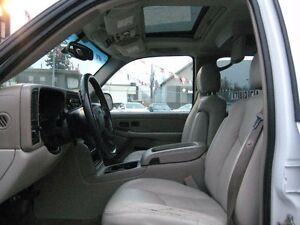 2005 GMC Yukon SLT 4x4 - WE DO TRADES + WE BUY CARS Edmonton Edmonton Area image 8