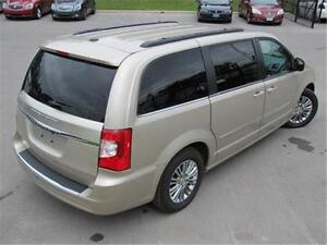 2016 Chrysler Town & Country Touring L Remote Start|Backup Camer Peterborough Peterborough Area image 7