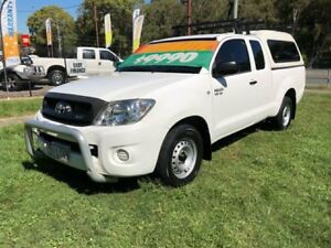2009 Toyota Hilux GGN15R 08 Upgrade SR White 5 Speed Automatic X Cab Pickup Clontarf Redcliffe Area Preview
